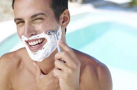 А у вас з`являються прищі після гоління?