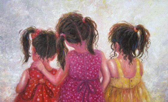 Сестра - більше, ніж подруга! Це споріднена душа, половина серця!