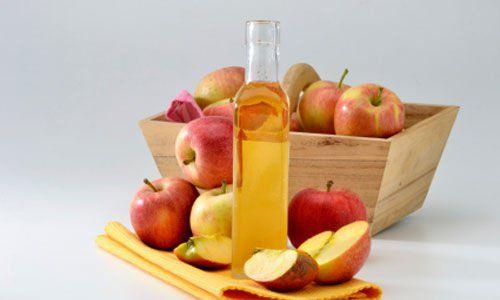 Чим корисний яблучний оцет для волосся?