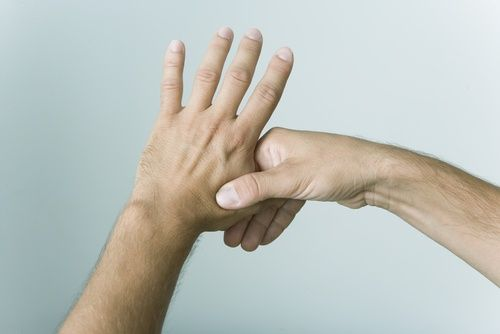 Натискай на пальці і знімай стрес