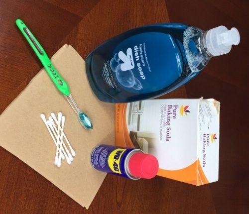 Як позбавити матрац від плям і неприємного запаху
