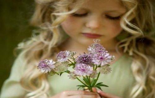 Щастя має народжуватися всередині, не чекай його ззовні ...