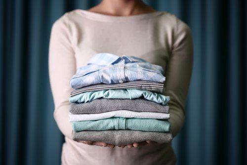 Секрети бездоганно чистою одягу: білий оцет