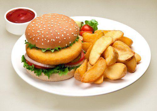 Темні секрети індустрії харчування: вам більше ніколи не захочеться їсти напівфабрикати!