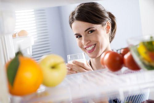 У холодильнику мало місця? 10 хитрощів, які допоможуть це виправити!