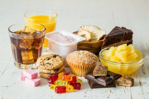 Можливо, саме фруктоза заважає тобі схуднути!